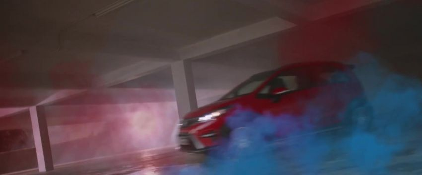2021 Proton Iriz, Persona facelift official teaser – new SUV-style 'Iriz Active', centre console; floating screen Image #1325625