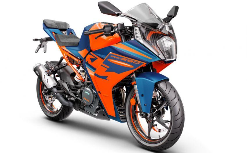 2022 KTM RC390 and RC125 sports bikes return Image #1338017