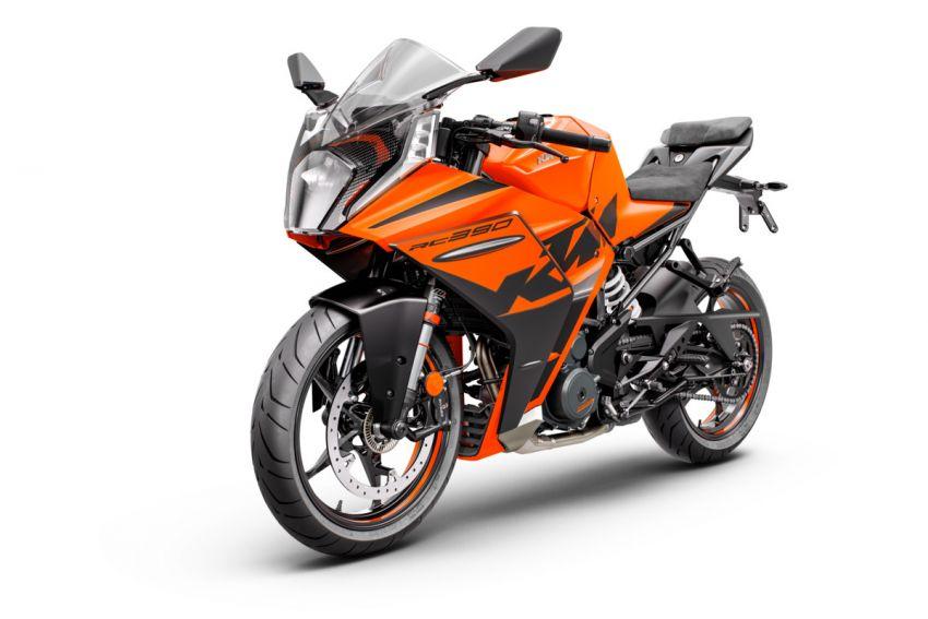 2022 KTM RC390 and RC125 sports bikes return Image #1338020