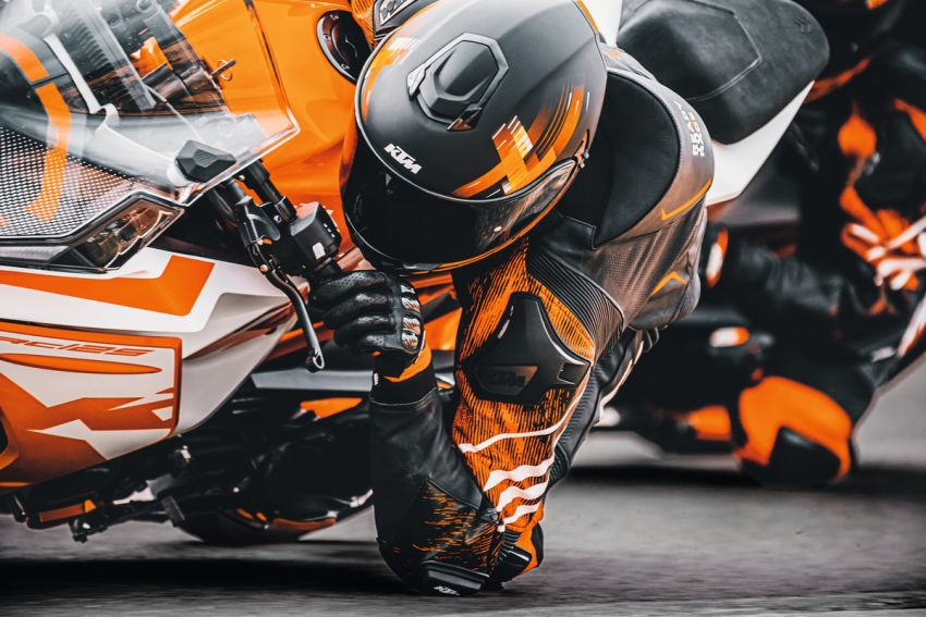 2022 KTM RC390 and RC125 sports bikes return Image #1338015