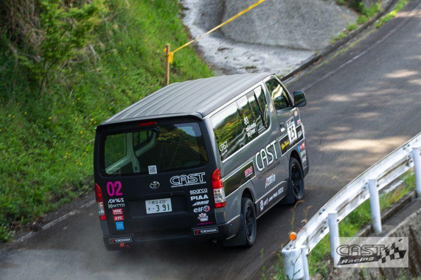 Toyota Hiace H200 Cast Racing – van rali sebenar bertanding dalam Kejuaraan Rali Seluruh Jepun! Image #1333395