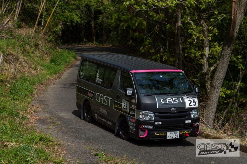 Toyota Hiace H200 Cast Racing – van rali sebenar bertanding dalam Kejuaraan Rali Seluruh Jepun! Image #1333399
