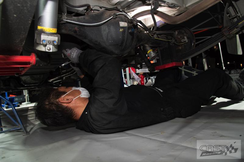 Toyota Hiace H200 Cast Racing – van rali sebenar bertanding dalam Kejuaraan Rali Seluruh Jepun! Image #1333412