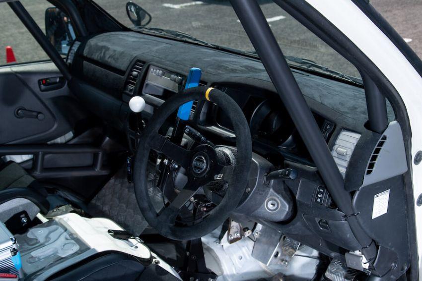 Toyota Hiace H200 Cast Racing – van rali sebenar bertanding dalam Kejuaraan Rali Seluruh Jepun! Image #1333424