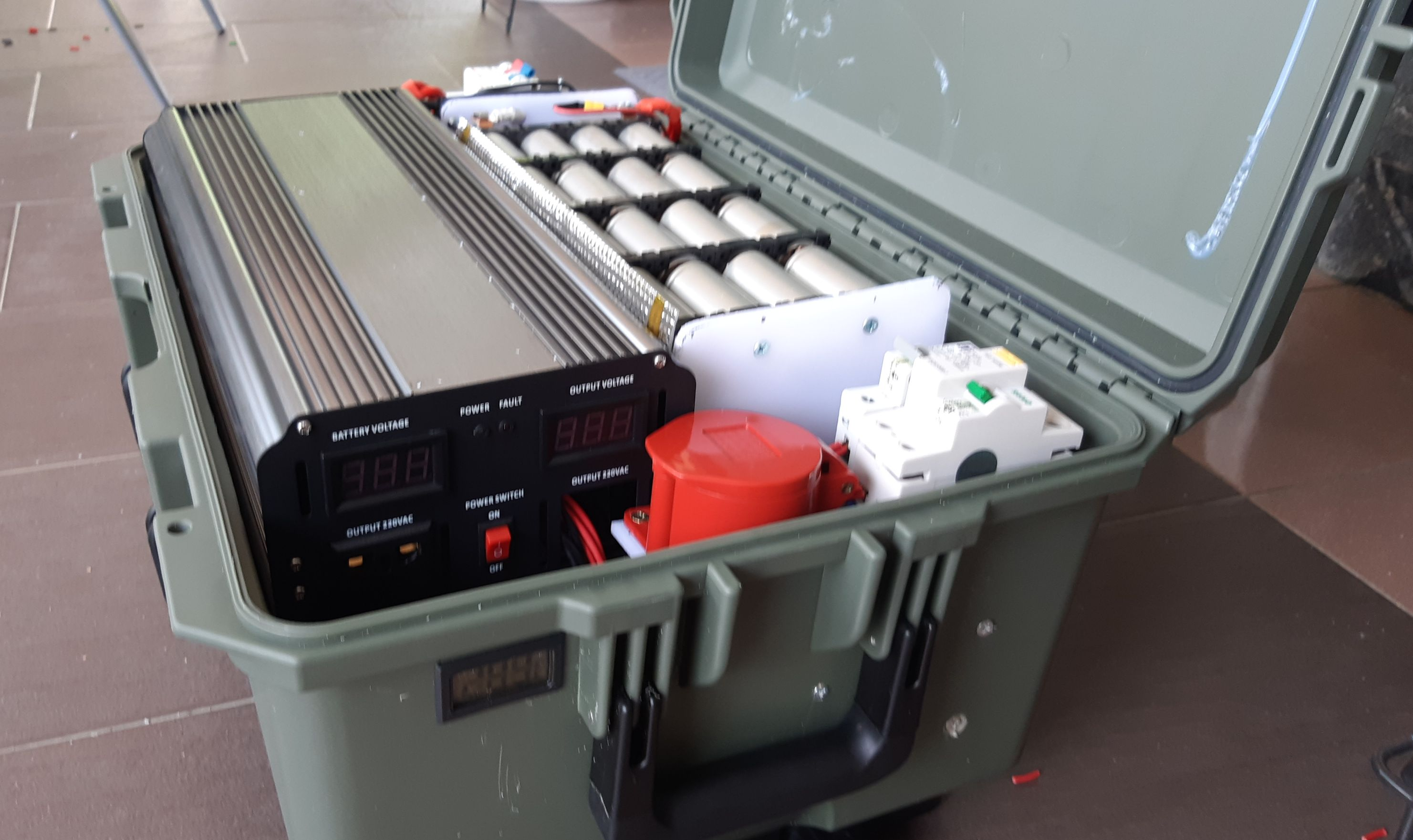 Electric Vehicle Jerry Can-4