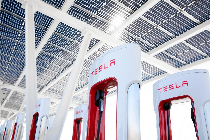 EV survey: owners want free and fast public chargers Image #1334784