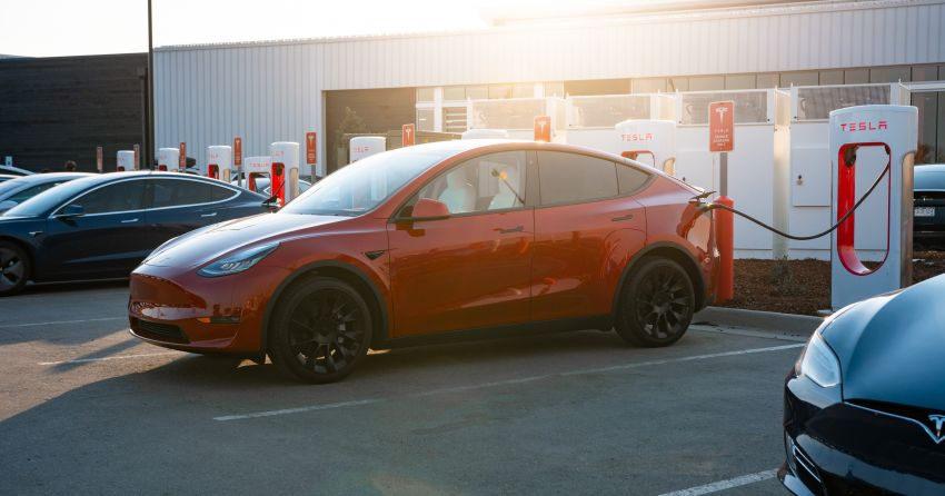 EV survey: owners want free and fast public chargers Image #1334796