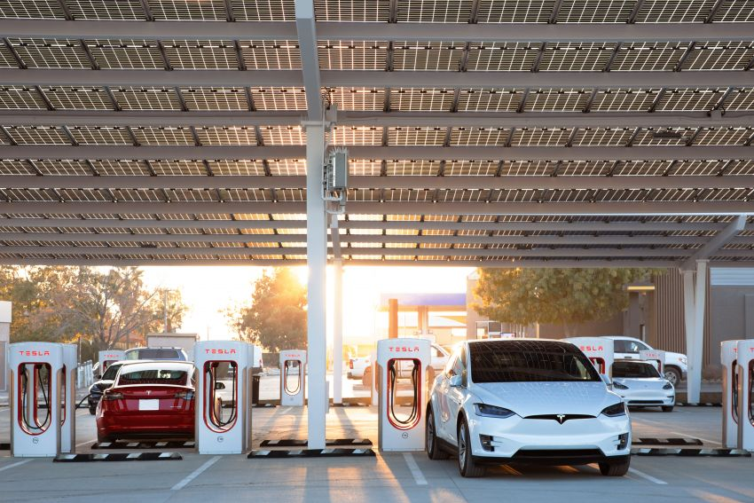 EV survey: owners want free and fast public chargers Image #1334785