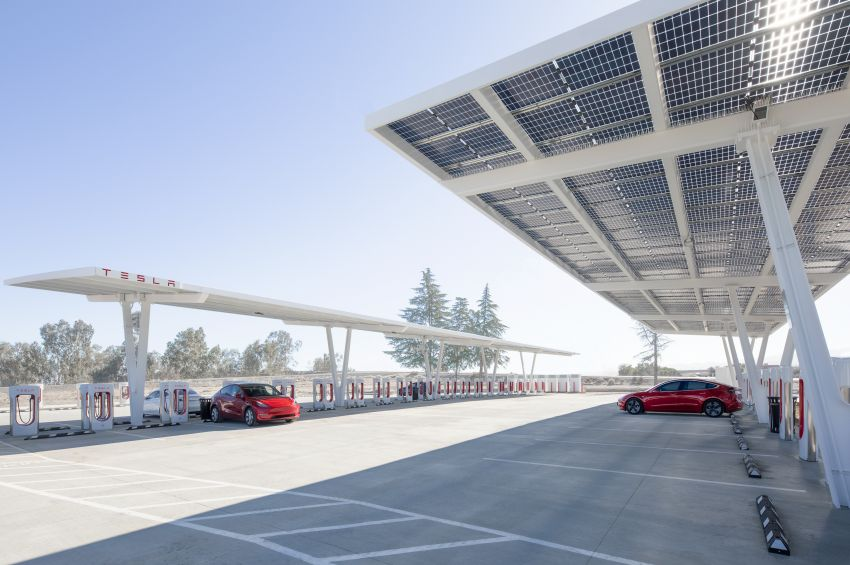 EV survey: owners want free and fast public chargers Image #1334786