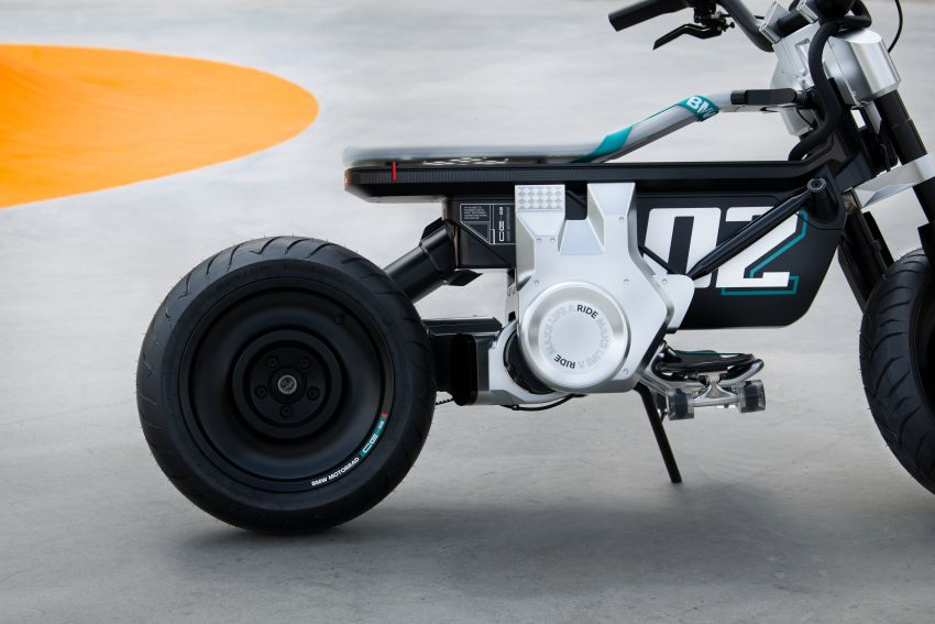 BMW Concept CE02 sedia tunggangan serba ringkas Image #1339122