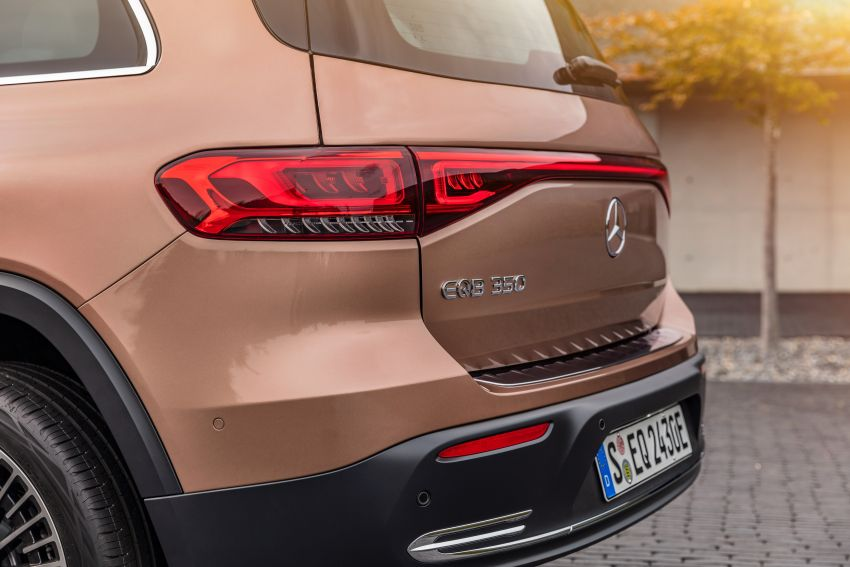 Mercedes-Benz EQB – seven-seat electric SUV detailed Image #1341580