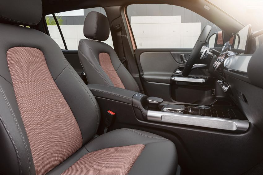 Mercedes-Benz EQB – seven-seat electric SUV detailed Image #1341565