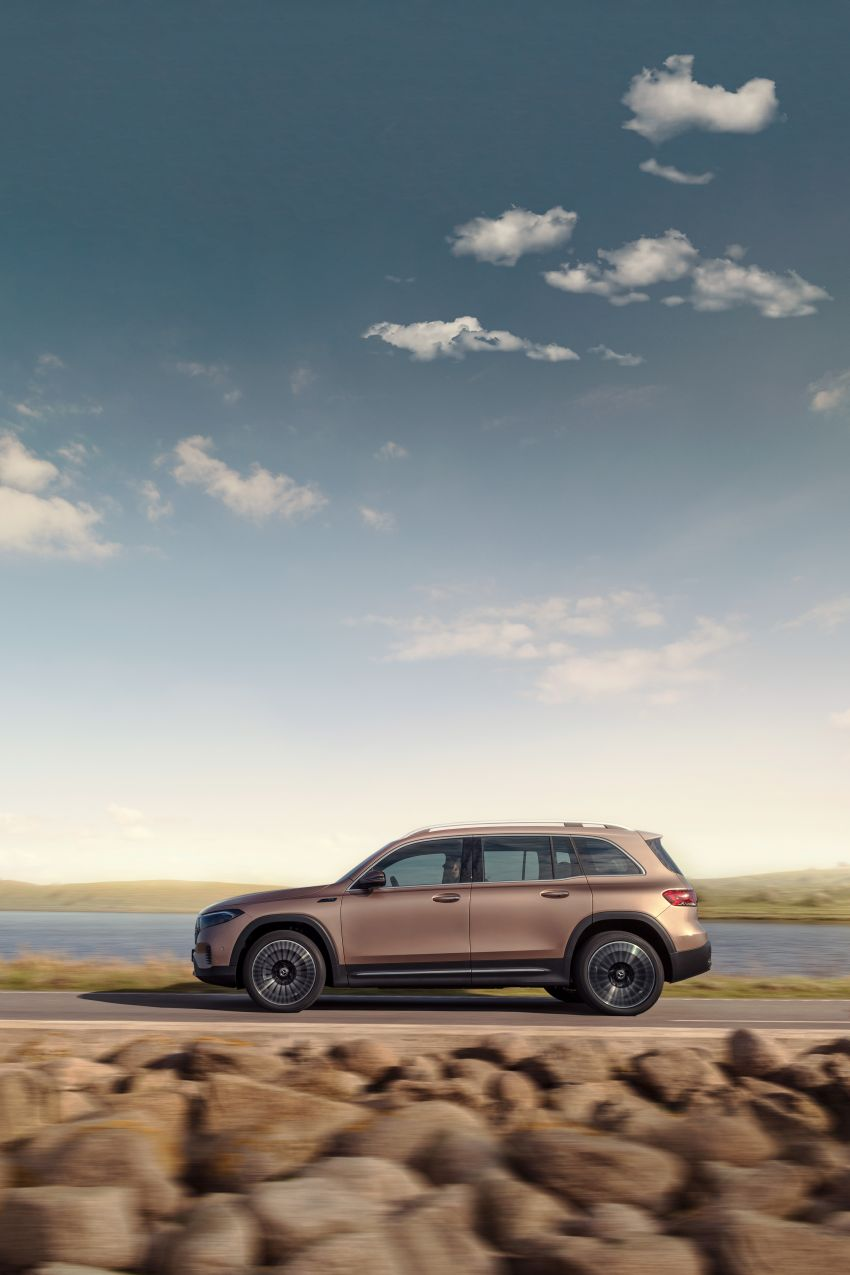 Mercedes-Benz EQB – seven-seat electric SUV detailed Image #1341593
