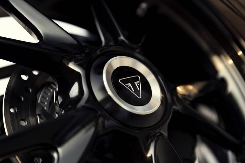 2022 Triumph Speed Triple 1200RR makes world debut Image #1346617