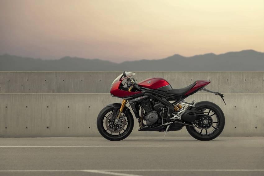 2022 Triumph Speed Triple 1200RR makes world debut Image #1346601