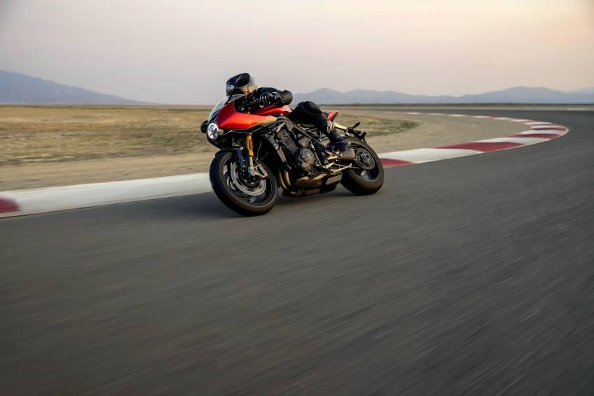 2022 Triumph Speed Triple 1200RR makes world debut Image #1346642