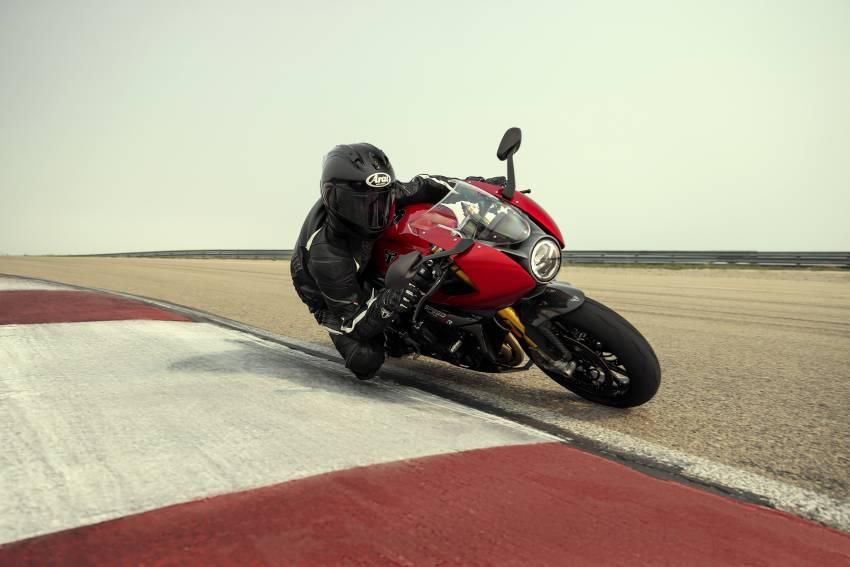 2022 Triumph Speed Triple 1200RR makes world debut Image #1346643