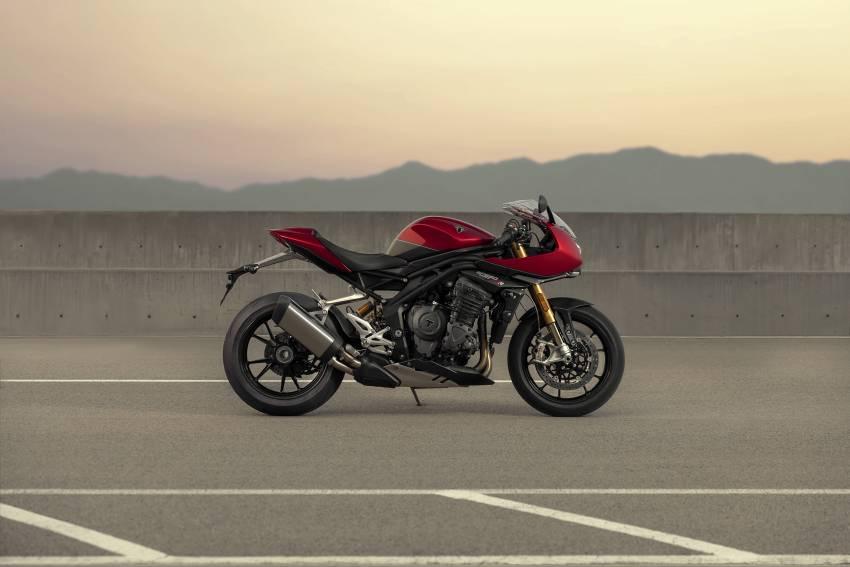 2022 Triumph Speed Triple 1200RR makes world debut Image #1346606