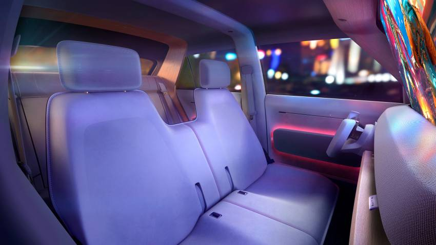 Volkswagen ID. Life concept debuts – entry-level EV with video game console, mini projector; sub-RM100k! Image #1342344