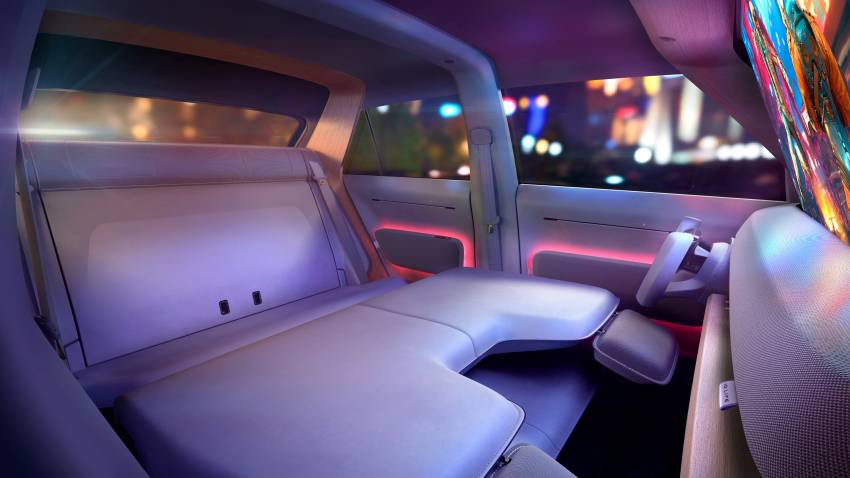 Volkswagen ID. Life concept debuts – entry-level EV with video game console, mini projector; sub-RM100k! Image #1342345