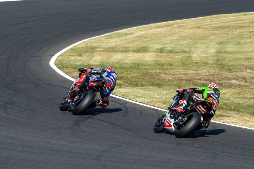 2021 WSBK: Toprak on top after Magny-Cours, loses clean sweep of weekend due to Kawasaki protest Image #1342506