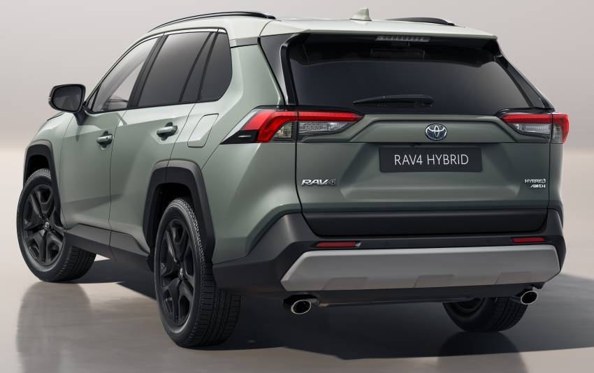 2022 Toyota RAV4 revealed – new headlights, wheels and USB-C ports; Adventure now offered in Europe Image #1346972