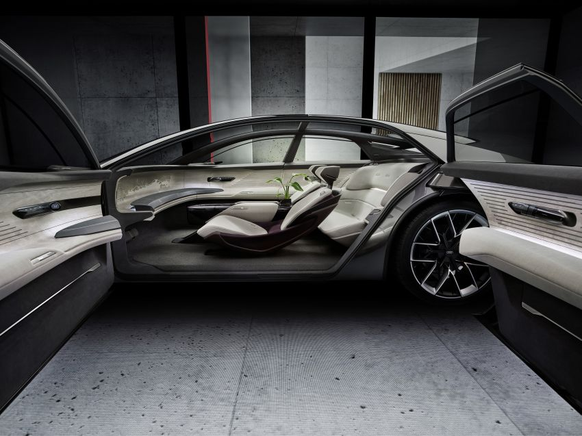 Audi grandsphere concept revealed, previews electric A8 replacement – PPE platform, 720 PS, 750 km range Image #1341091