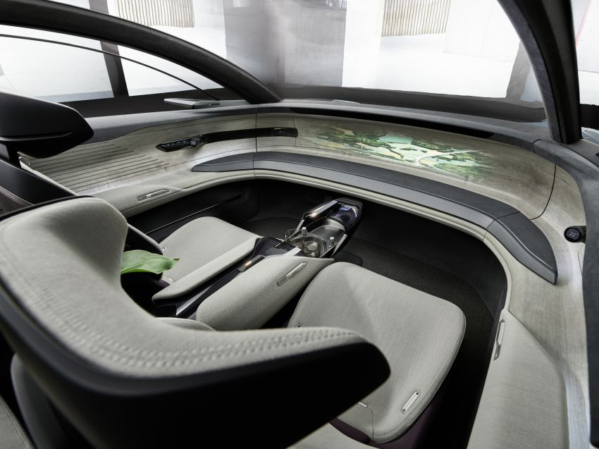 Audi grandsphere concept revealed, previews electric A8 replacement – PPE platform, 720 PS, 750 km range Image #1341093