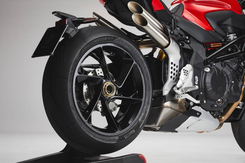 2021 MV Agusta Brutale 1000RS joins 1000RR in lineup Image #1345653