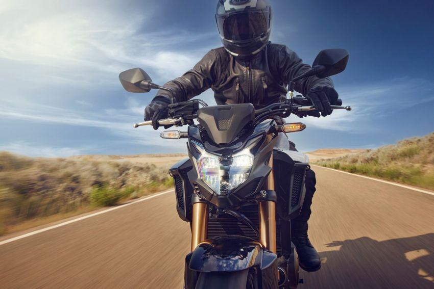 Honda CB500R, CB500F dan CB500X diperbaharui – enjin Euro 5, fork USD Showa, brek cakera berkembar Image #1340493