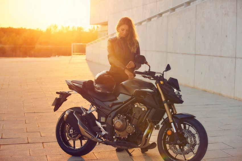 Honda CB500R, CB500F dan CB500X diperbaharui – enjin Euro 5, fork USD Showa, brek cakera berkembar Image #1340497