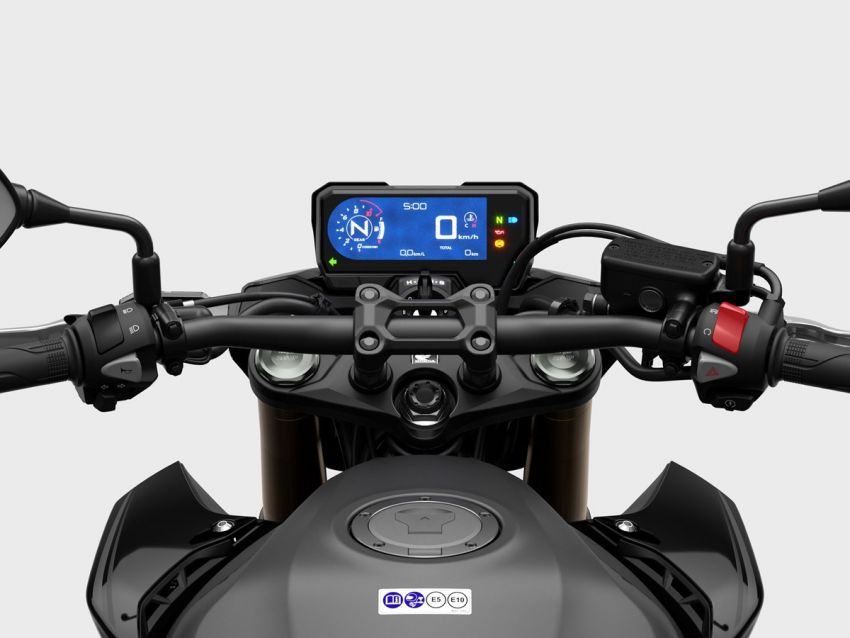 Honda CB500R, CB500F dan CB500X diperbaharui – enjin Euro 5, fork USD Showa, brek cakera berkembar Image #1340519
