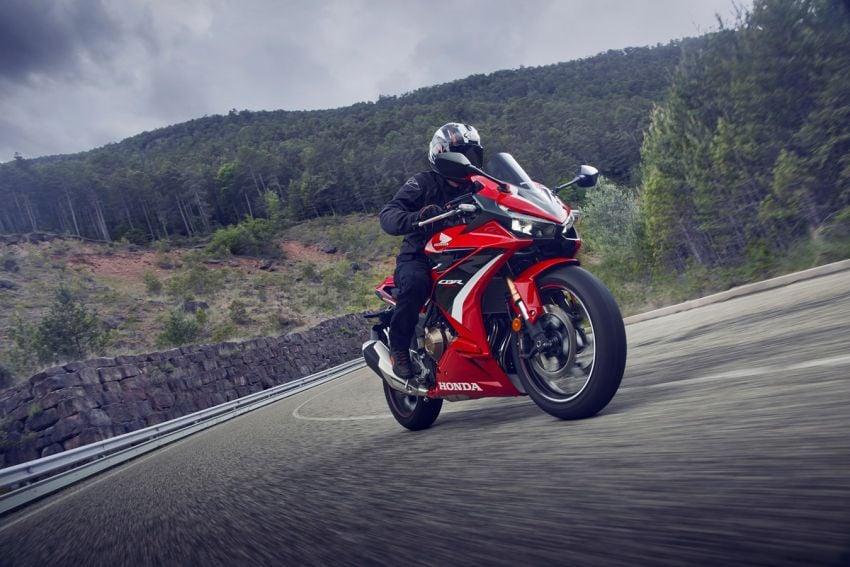 Honda CB500R, CB500F dan CB500X diperbaharui – enjin Euro 5, fork USD Showa, brek cakera berkembar Image #1340613