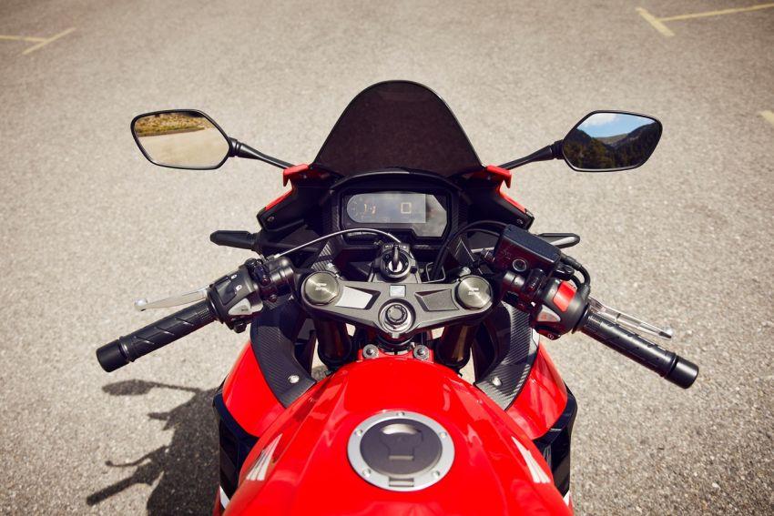 Honda CB500R, CB500F dan CB500X diperbaharui – enjin Euro 5, fork USD Showa, brek cakera berkembar Image #1340604