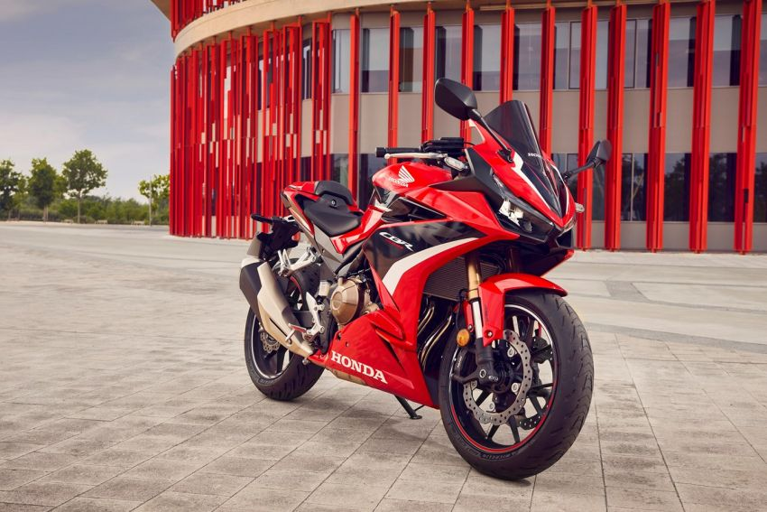Honda CB500R, CB500F dan CB500X diperbaharui – enjin Euro 5, fork USD Showa, brek cakera berkembar Image #1340620