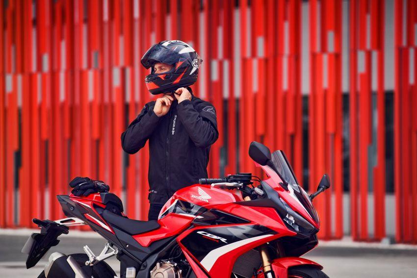 Honda CB500R, CB500F dan CB500X diperbaharui – enjin Euro 5, fork USD Showa, brek cakera berkembar Image #1340615