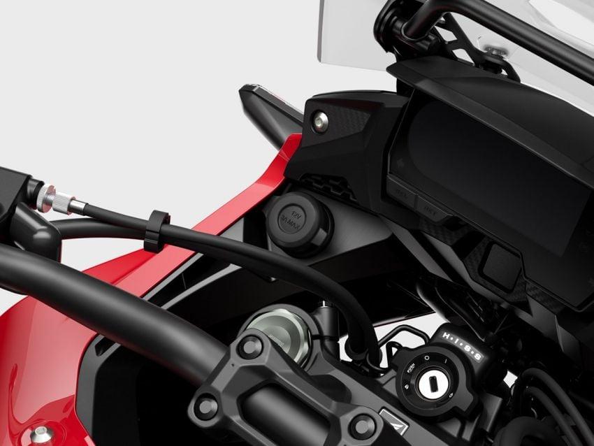 Honda CB500R, CB500F dan CB500X diperbaharui – enjin Euro 5, fork USD Showa, brek cakera berkembar Image #1340553