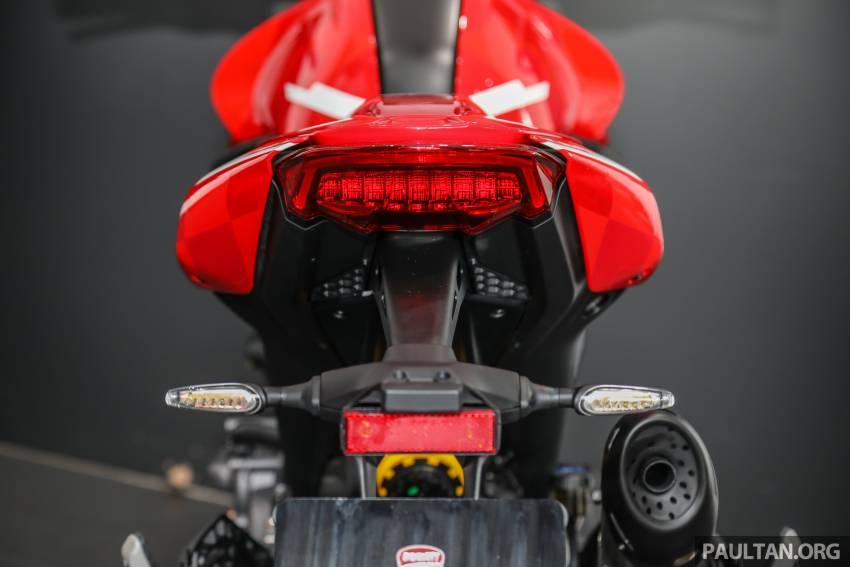 Can canh Ducati Monster 2022 vua ra mat tai Dong Nam A - 32