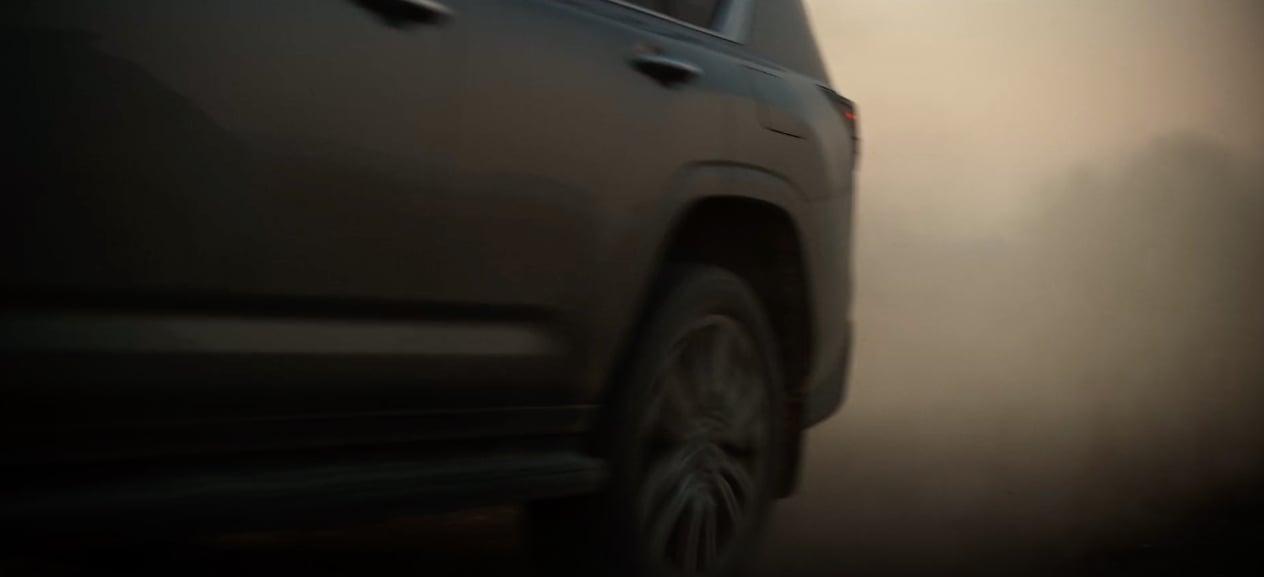 2022 Lexus LX teaser-4