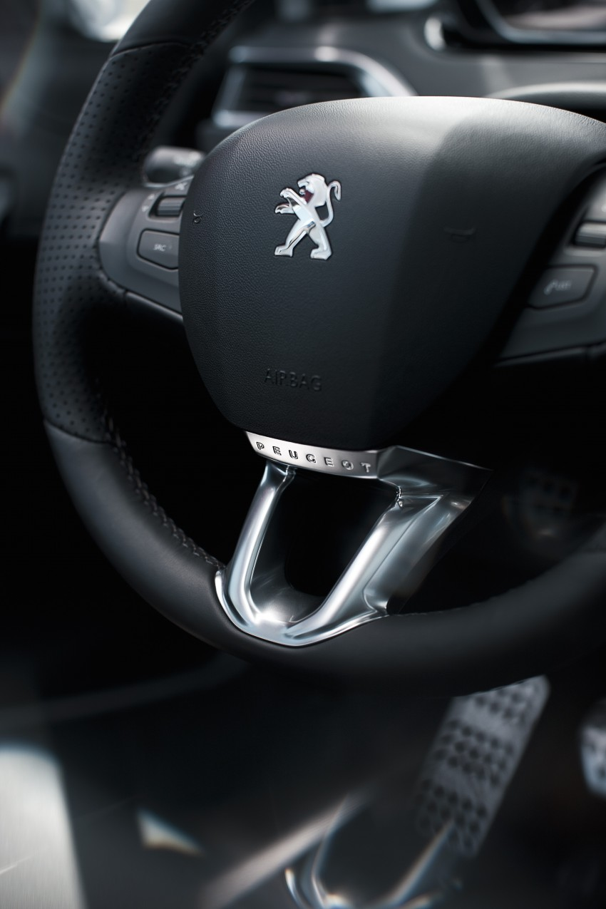 Peugeot 208 introduces new 3-cylinder petrol engines Image #83073