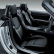 22 Roadster black leather seats