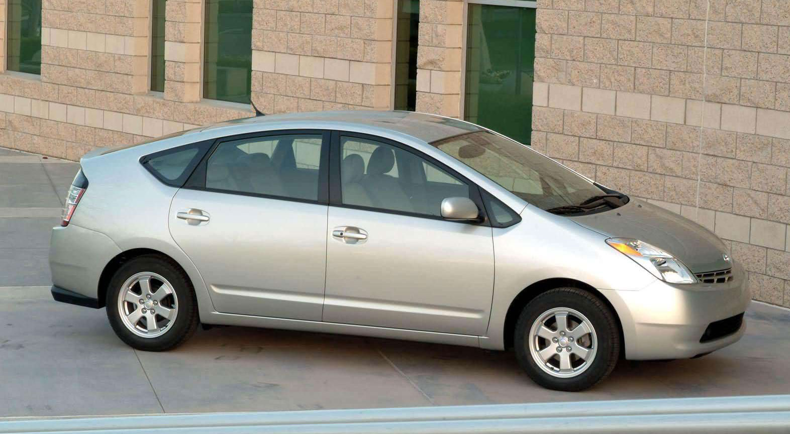 Toyota Recalls 27m Cars Due To Steering Water Pump Issues 2