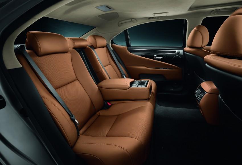 New Lexus LS unveiled, F Sport new addition to range Image #122822