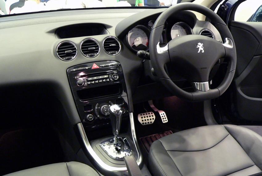 408 turbo interior