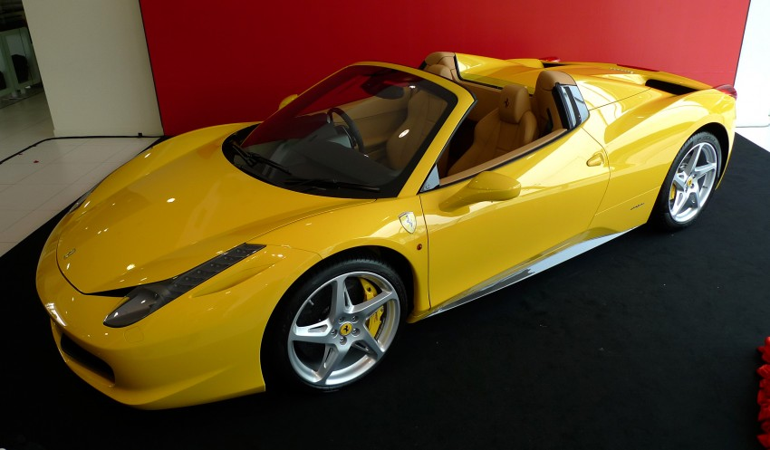 Ferrari 458 Spider launched – pricing starts from RM1.9 mil Image #107053