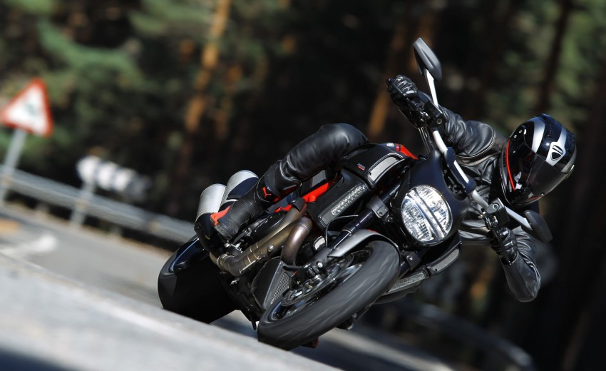 Ducati Malaysia introduces the Diavel and Monster Art Image #118114
