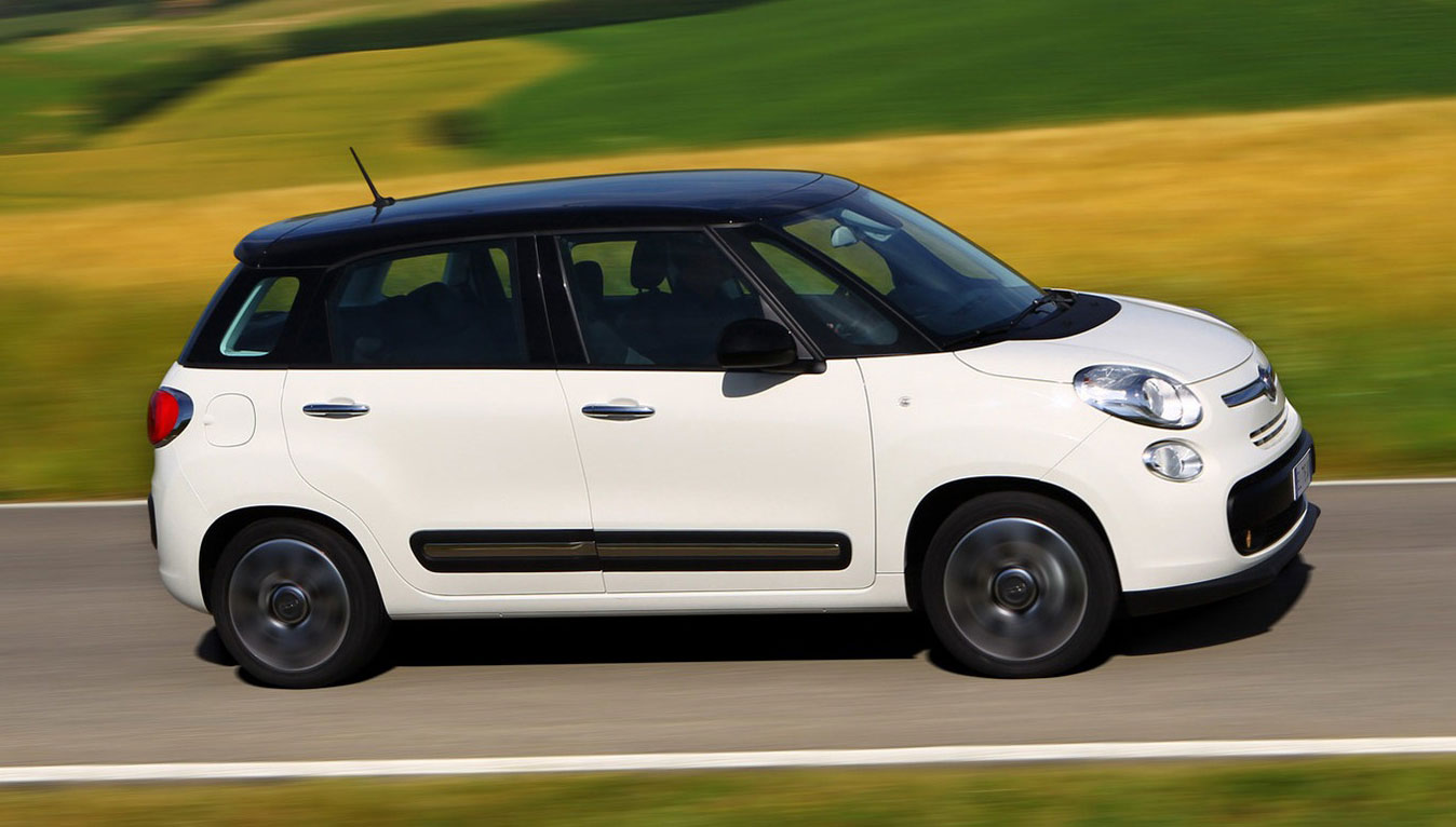Default furthermore 7100 Fiat 500l 2014 4 likewise Fiat 500l M  Pictures moreover Wallpaper 04 in addition Default. on fiat 500l