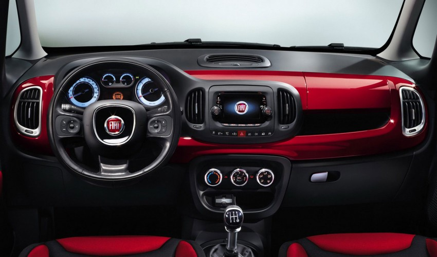Fiat 500L – new five-door hatch powered by TwinAir engine, Lavazza coffee and Beats by Dr. Dre Image #116592