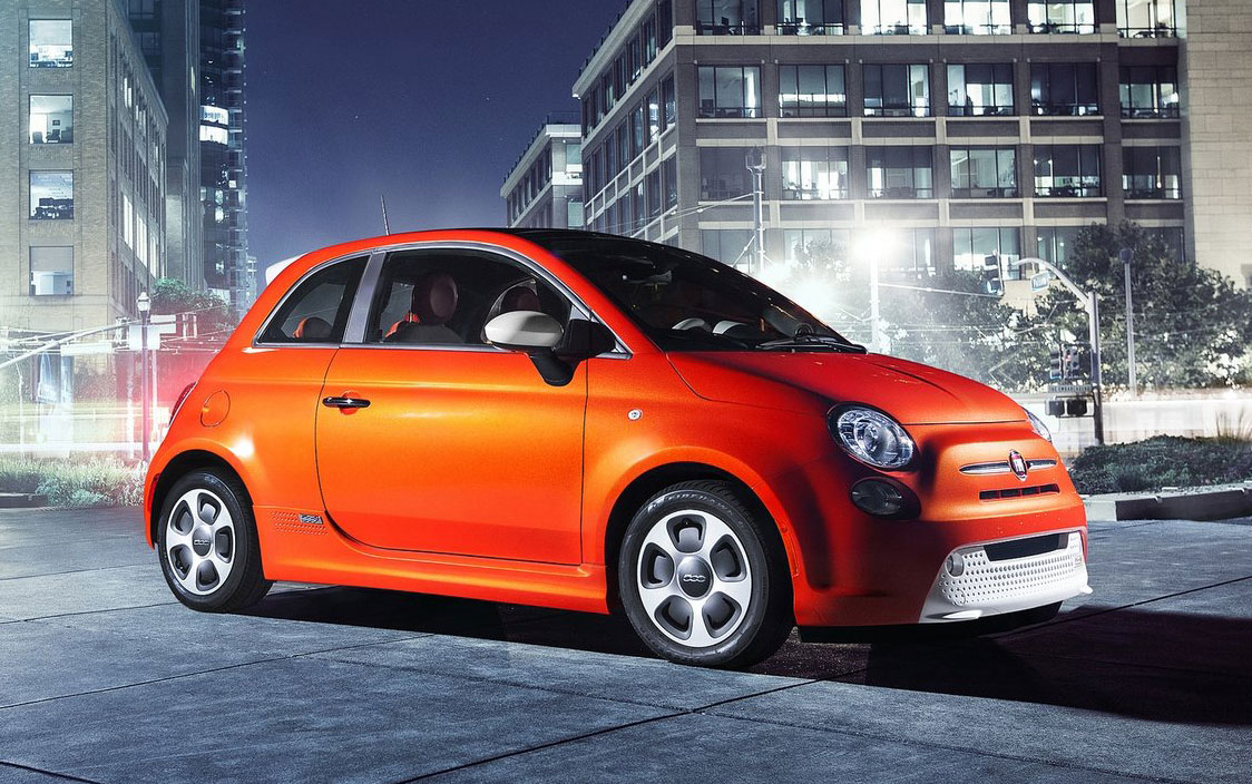 fiat 500e battery powered 500 goes the ev route. Black Bedroom Furniture Sets. Home Design Ideas