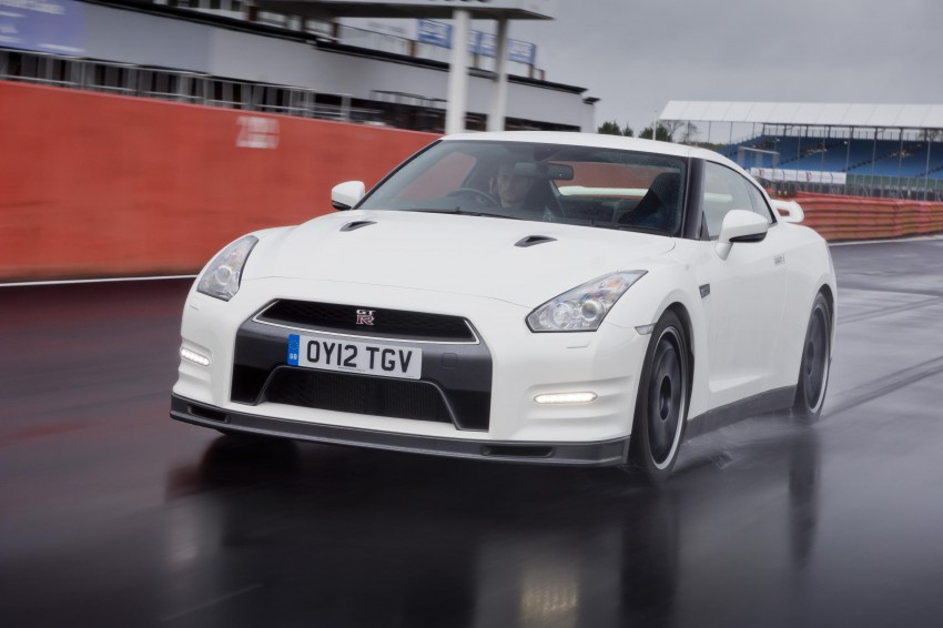 Nissan GT-R Track Pack – a leaner and meaner GT-R Image #103254